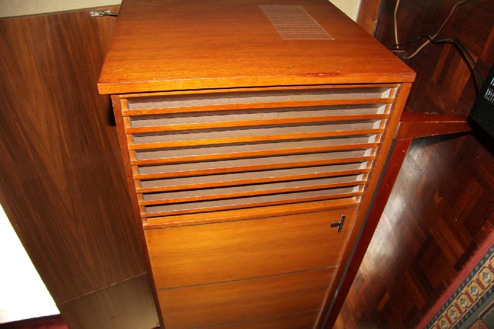 Keuken Dressoir Leenbakker : Retro Vintage Phillips Stereo dressoir met radio en pick-up